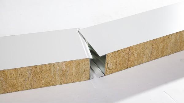 【联合冠业小课堂】环境湿度对岩棉夹芯板有哪些影响?